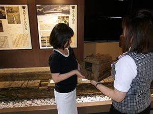 江戸時代に実際に使われていた木の水道管を触っていただけます。