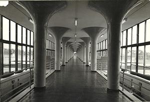 ミニ展示「水道局のモダンな建物」